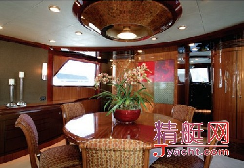 Ocean Alexander 102超级游艇