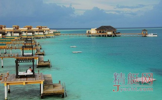 作为马尔代夫海边的特色建筑
