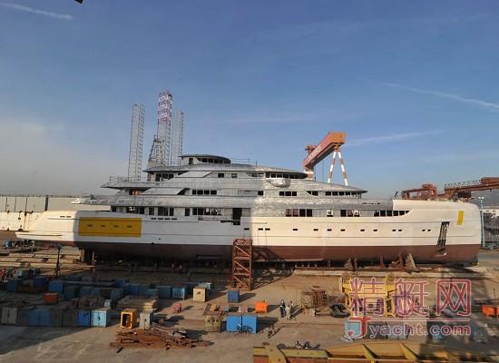 烟台来福士(Raffles)船厂建造的中国产最大游艇Illusion(幻想)