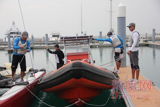 美洲杯帆船赛中国之队队员之――温自进
