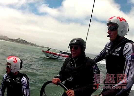 儿子 阿汤哥/阿汤哥与儿子携手美洲杯帆船赛 初战告捷