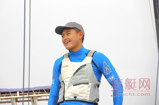 美洲杯帆船赛中国之队队员之――刘学