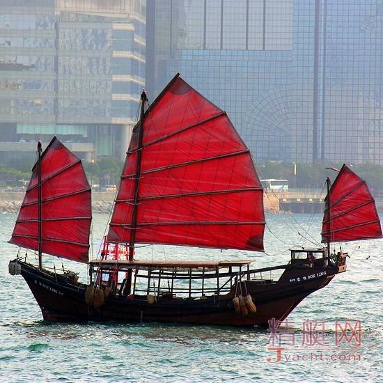 """香港现存唯一的中式三帆古董木船""""鸭灵号"""",将在阔别一年多后再度"""