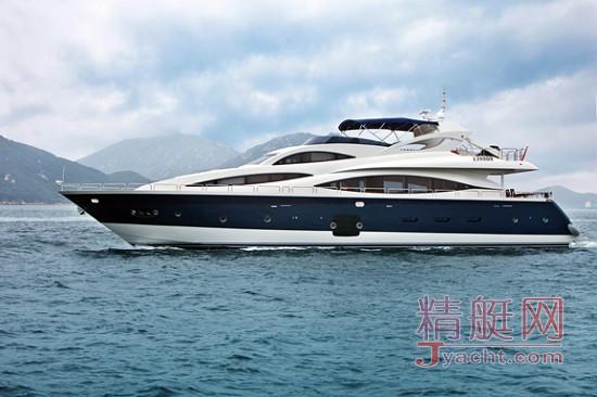 爱斯丽游艇 打造时尚新颖的意式船舱