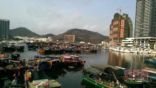 三亚市三亚港渔船搬迁指挥部于4月18日进驻【鸿洲天玺】