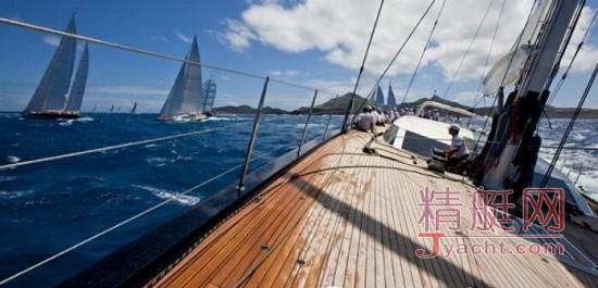 海上雄狮,野性奔腾:佩里尼38米(125英尺)悍将P2号挂牌在售