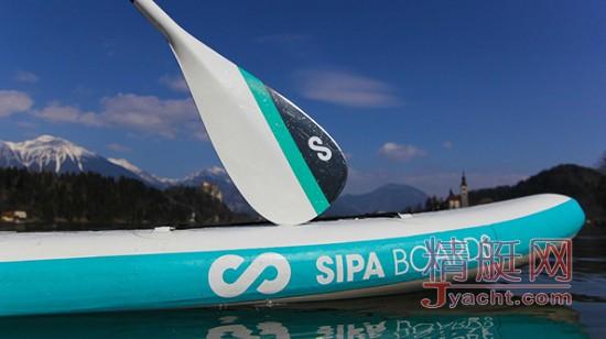 牛逼哄哄!全球首个自行充气的电力滑水板