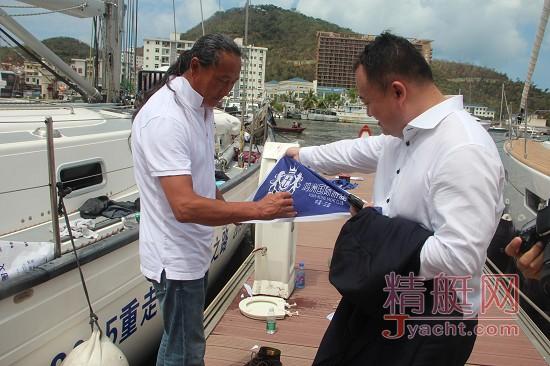 """翟墨的""""重走先人海上足迹,传播中国海洋文明""""之路"""