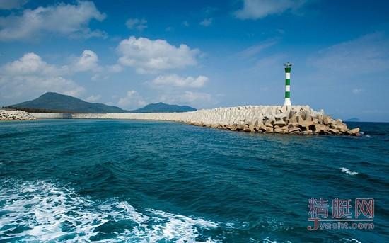 走近游艇码头保安:华润石梅湾国际游艇会