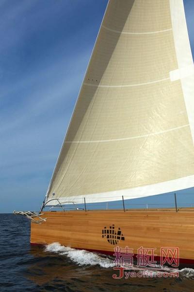 86岁的他把帆船玩出了新高度