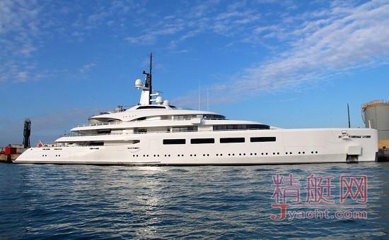 由英国船厂Devonport于2012年建成的96米超级游艇Vava II