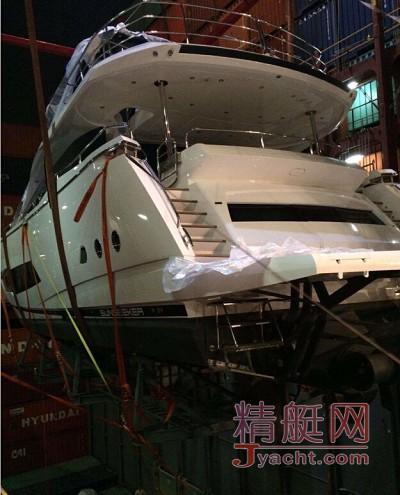 重磅来袭!亚洲首艘 Sunseeker 86 Yacht 抵达香港