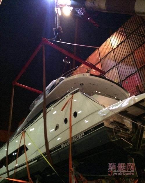 亚洲首艘Sunseeker(圣汐)86 Yacht抵达香港