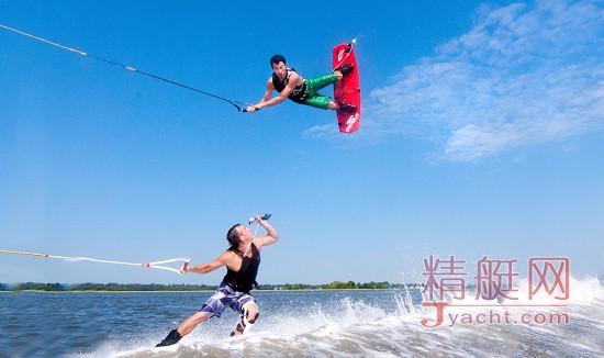 租游艇出海玩:十款炫酷水上玩具(superyacht water toys)