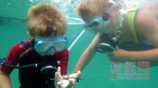 Snorkel Dive帮助儿童安全学会水肺潜水