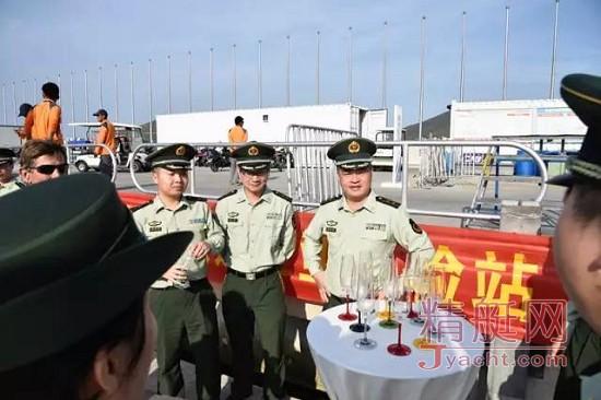 履行社会责任 - 108B型边检执勤艇停泊半山半岛帆船港