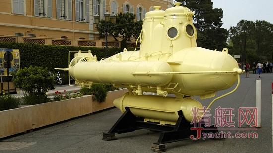 不携带艘潜艇出去浪,好意思夸自己是超级游艇吗