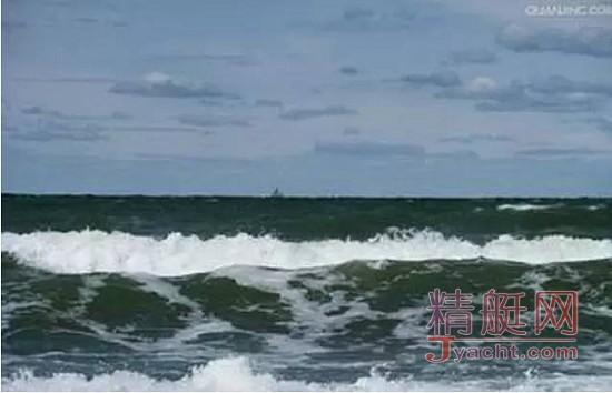 中国航海家王家凌海上遭遇惊魂4小时