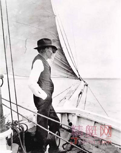 第一位单人不停靠帆船环球的探险家-约书亚・史洛坎