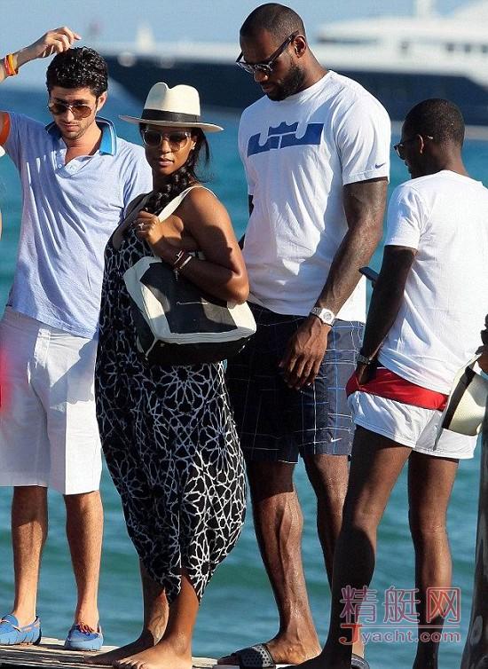 勒布朗・詹姆斯(LeBron James)詹皇的游艇生活yacht