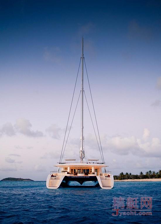 瞅瞅超级游艇的屁股能有多翘Superyacht 44.2米Hemisphere英国Pendennis