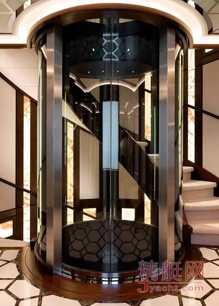 游艇上的电梯有何不同61.00米Just J's