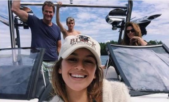 最奢华度假 奥巴马包公园克劳馥开私人游艇