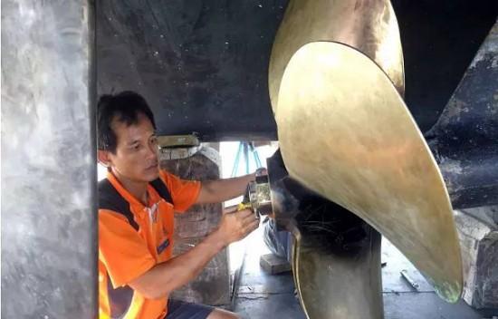 给爱船优质无缝的服务体验-半山半岛帆船港船舶维修中心限时优惠活动