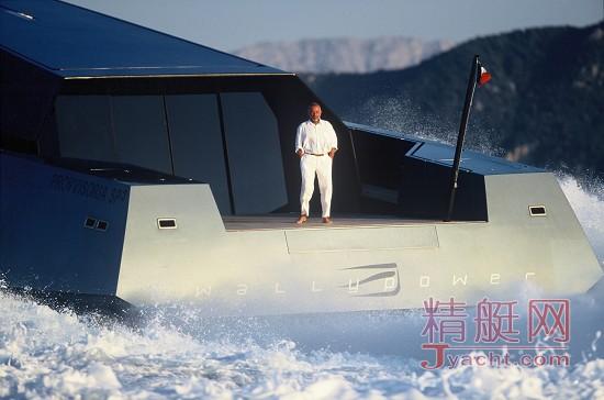 那些好莱坞电影里的超级游艇,实力抢镜!