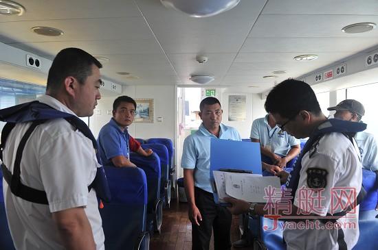 三亚海事全力保障中秋海上旅游客运平安运营