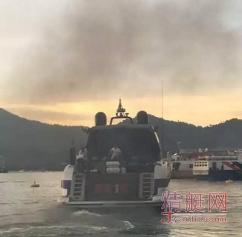 游艇爆炸沉没 3伤1失踪