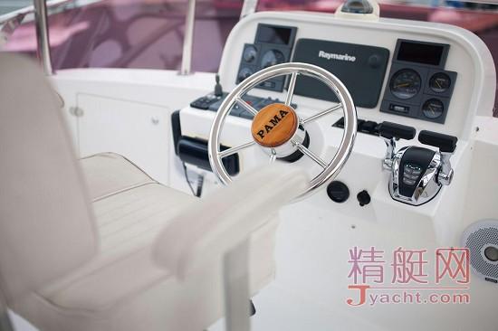 38尺PAMA BAY专业钓鱼艇二手游艇