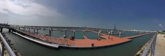 鸿洲在深圳机场的游艇项目已现雏形