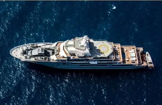 游艇上直升机停机坪的10种Style