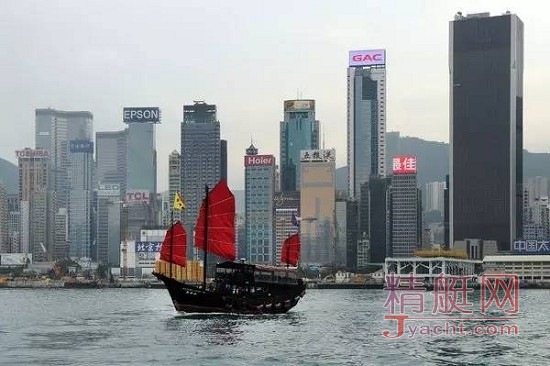 《纽约时报》探访珠江上最后的中式木帆船