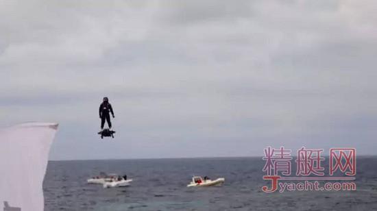 酷炫!Flyboard Air铁掌水上漂 高度达3048米