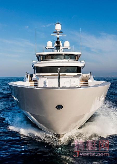 在游艇上办公的8种体验69.3米Suerte