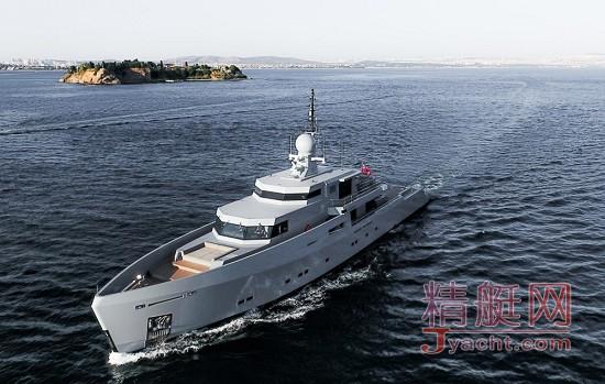 可以上战场伪装军舰的豪华游艇快给我军来一打Tansu Yachts43.7米Cyclone