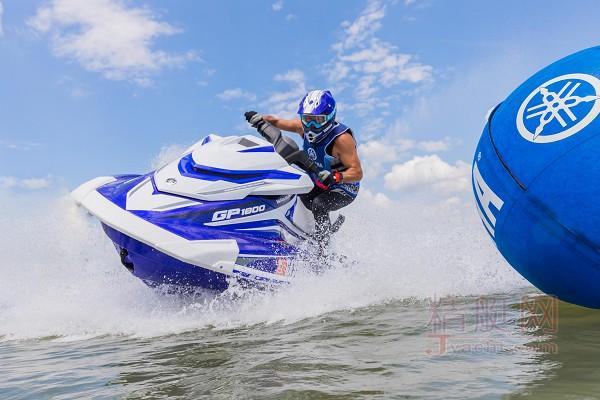 YAMAHA(雅马哈)GP1800摩托艇