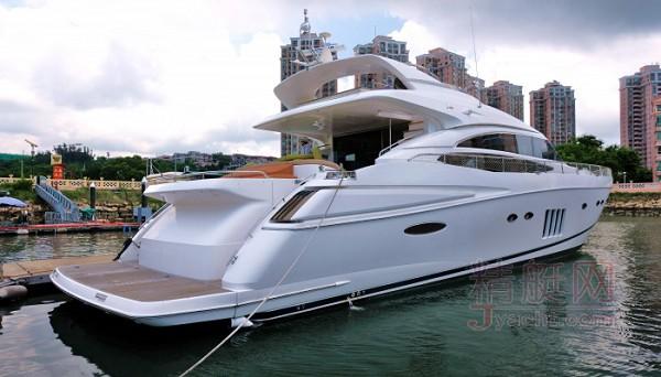 Princess V85游艇