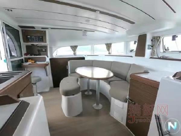 蓝高380双体帆船