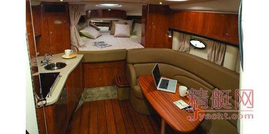 Crownline Cruiser 350CR