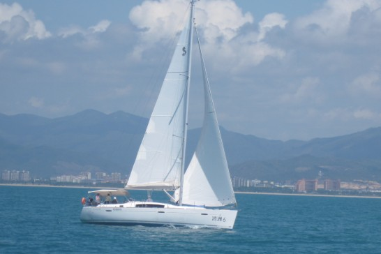 Oceanis 43帆船