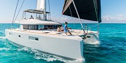 蓝高52尺双体帆船