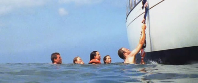用这部电影告诉你——船,不是随便就能玩的!