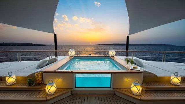 致游艇销售:购艇不是交易而是奖励
