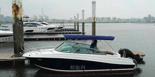 23英尺运动艇