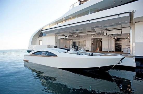 超级钻石王老五62米豪艇晕船 再买艘95米