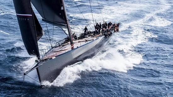 海上探戈1200万欧元对外出售 全碳纤维100尺赛船