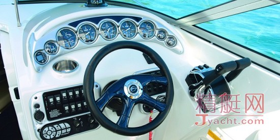 Crownline Cruiser 325CR
